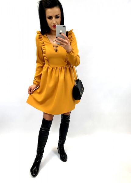 Sukienka z pionowymi listewkami na dekolcie