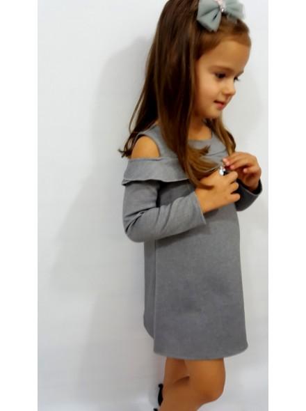 Sukienka z długim rękawem i gołym ramieniem
