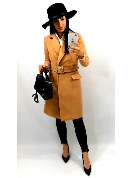 Płaszcz ocieplany z pasem i klamrą